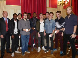 photo-groupe-mairie-16